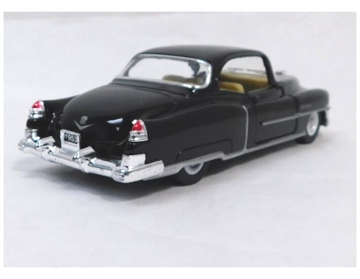 1953 Cadillac Series 62 Coupe 1//43 scale Diecast Model Toy Car 4 Colors